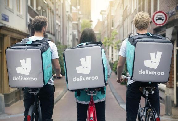 Deliveroo verzekert zelfstandige bezorgers