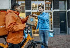AH to go en Thuisbezorgd.nl gaan samenwerken in Amsterdam