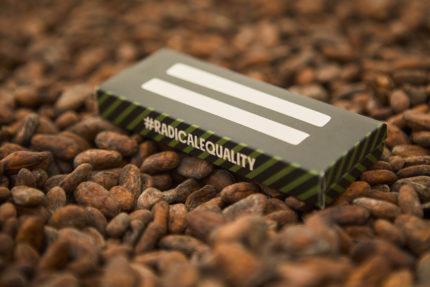 FairChain Stichting en Verenigde Naties lanceren eerste chocolademerk dat technologie inzet voor radicale gelijkheid