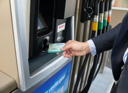 Een jaar E5 en E10: Nederlanders kiezen vaker voor duurdere brandstof
