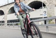 Woon-werkverkeer: Nederlanders fietsen vaker naar het werk, maar dat kan nog veel vaker